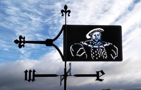 Custom made Australian banner weathervane of Henry V111